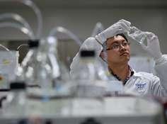 有药了!全国首个潜在治疗新冠肺炎药物「法维拉韦」获批上市