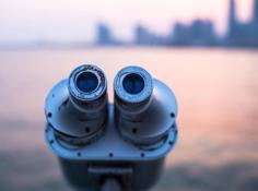 CVPR 2019审稿排名第一满分论文:让机器人也能「问路」的视觉语言导航新方法