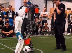 机器人也在踢世界杯?中国团队还夺冠了?!