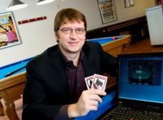 一台笔记本打败超算:CMU 冷扑大师团队提出全新德扑 AI Modicum