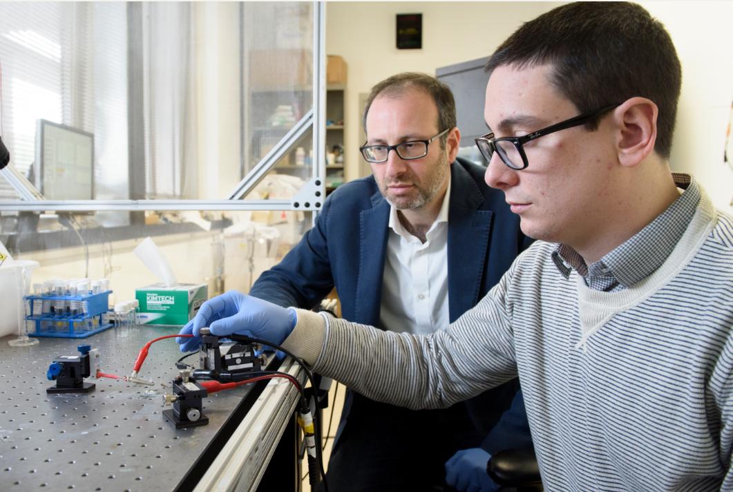 斯坦福大学实现高性能低功耗人工突触,可用于神经网络计算