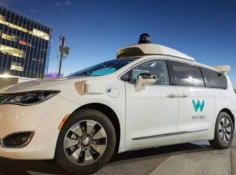 Waymo无人车商业化终成现实, 打车费与Uber相差无几