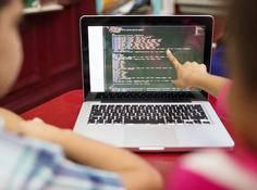 《新10后Coder观察报告》发布,超五分之一儿童编程时间投入多于传统学科,「程序媛」数量持续增长
