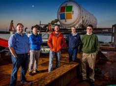"""为了更好的""""云"""",微软开始测试""""潜艇式""""海底数据中心"""