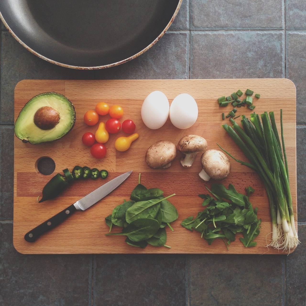 不会做菜?你需要能理解菜谱的烹饪机器人