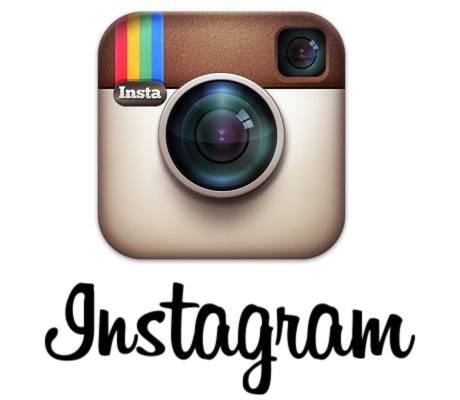 删除霉霉的「蛇形」表情,使用 AI 过滤器的 Instagram 正成为社交平台的样本