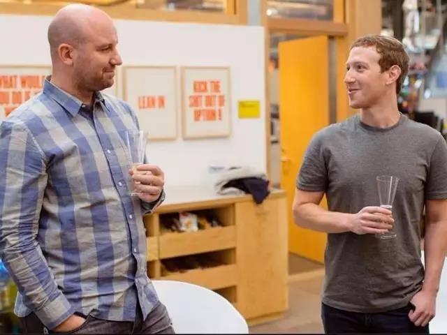 拟与谷歌 X 实验室比肩的 Facebook Building 8 ,首款产品竟是视频聊天设备