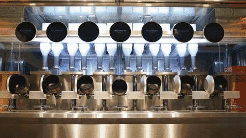 世界上第一家机器人餐厅,要不要一起打卡?