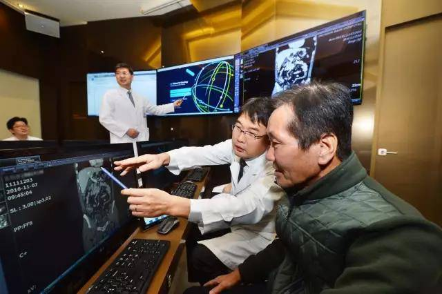 治疗癌症的 Watson 步履艰难,IBM 能否依靠人工智能成功转型?