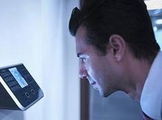 「00 后」攻破厦门银行人脸识别系统,伪造76个假账户,如何做到?