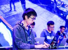 亚马逊名人鉴别系统21分钟即遭破解:GeekPwn对抗样本挑战赛冠军出炉
