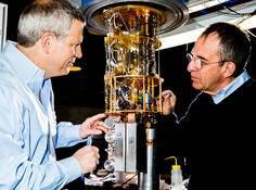 耶鲁教授与谷歌和 IBM 赛跑,争造世界上第一台真正意义的量子计算机
