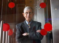 那个提出「戴森球」的物理学家去世了