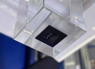 寒武纪发布边缘AI芯片思元220,性能优于英伟达Xavier NX两倍