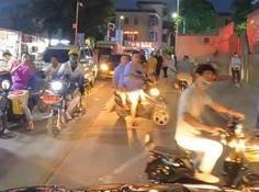 在城中村里实现的「真·无人驾驶」,看着就很心累