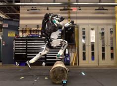 飞奔跳跃!波士顿动力人形机器人Atlas学会跑酷
